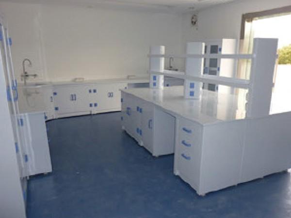 PP实验家具
